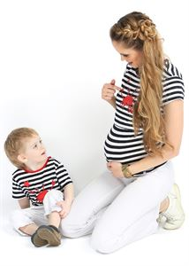 """Picture of T-shirt children's """"I love Mum"""" stripe blue with crab"""