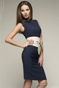 Obrázek Šaty DM00056BL modré  s šedožlutým páskem délky mini